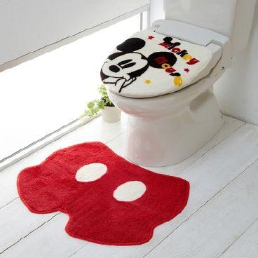 ミッキーのトイレマット。かわいくないはずがない♪