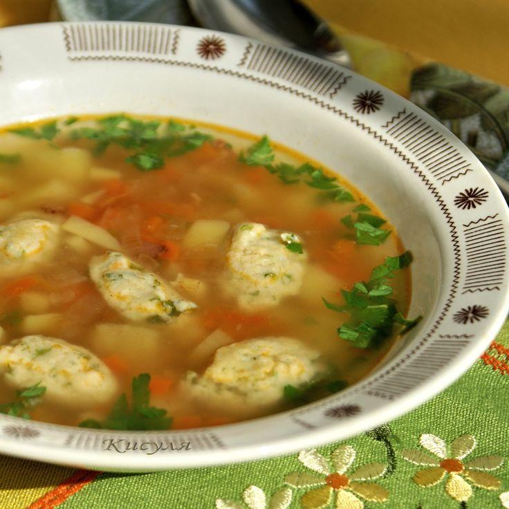ОВОЩНОЙ СУП С НЕЖНЫМИ КУКУРУЗНЫМИ КЛЕЦКАМИ http://www.koolinar.ru/recipe/view/119770