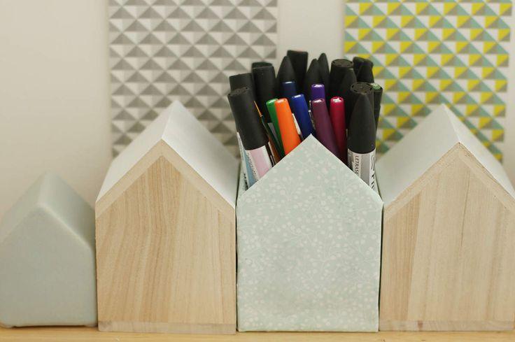 142 best un jour j aurai mon bureau images on pinterest home ideas wall of frames and. Black Bedroom Furniture Sets. Home Design Ideas