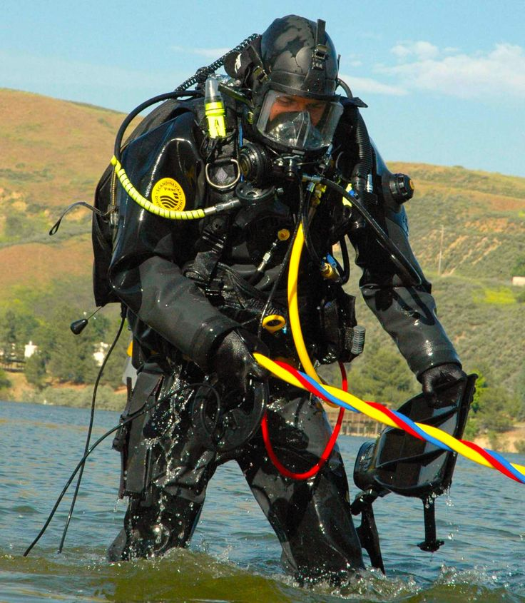 282 best images about frogmen on pinterest navy seals diving equipment and posts - Navy seal dive gear ...