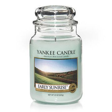 Yankee Candle Early Sunrise : A new day dawns crisp and fresh in this clean lemony citrus scent with hints of ginger and tea.