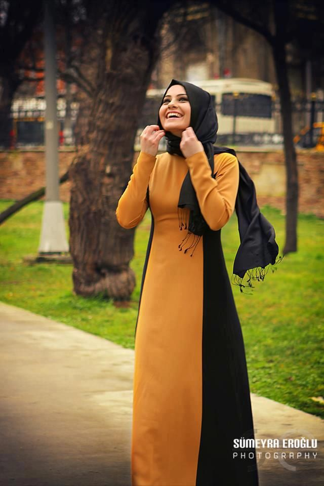 Mustard and Black Abaya - nice way to colour block