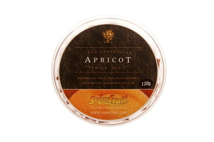 120g Platter Pieces - Apricot...........Platter Pieces are bite sized squares of Solarfruit presented in a round, resealable container. Each pack contains the equivalent of 1 kg of fresh fruit.  These make the perfect addition to a cheese or fruit platter.  Also a handy travelling pack which is easy to share. Flavours - Apricot