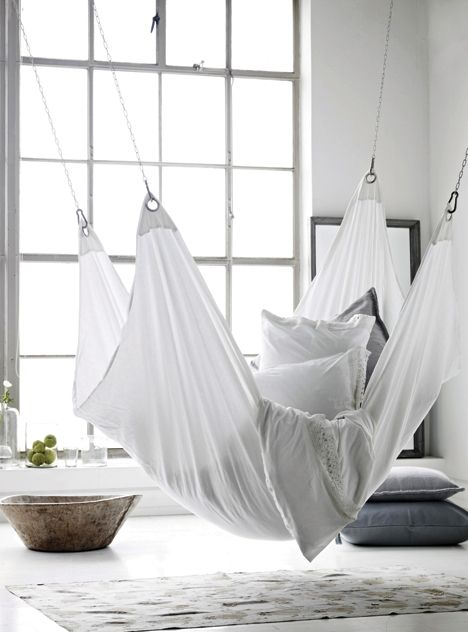 Hanging bed future home apartment pinterest hanging - Indoor hammock hanging ideas ...