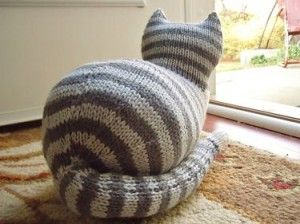 More Cats to Knit - 27 free patterns