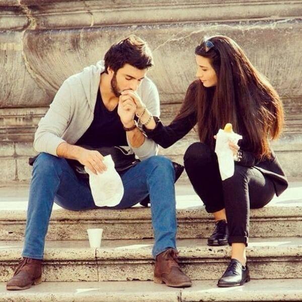 Ömer & Elif #KaraParaAsk