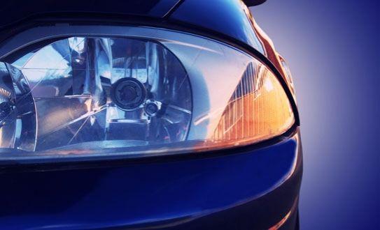 ¿Querés que los focos de tu carro luzcan como nuevos? Andate para Auto Glass Tec y pulilos por sólo ¢7,500