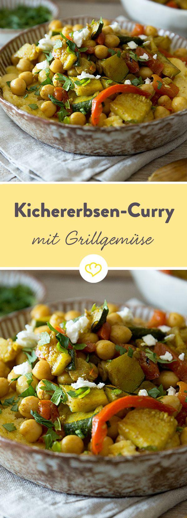 Cremige Polenta wird hier mit Grillgemüse getoppt, das du wahlweise auf dem Grill oder im Backofen zubereiten kannst. Gleich ausprobieren!