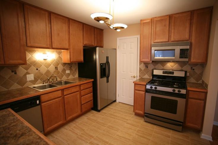 38 best low cost easy home staging tips and upgrades for for Is it ok to put hardwood floors in a kitchen