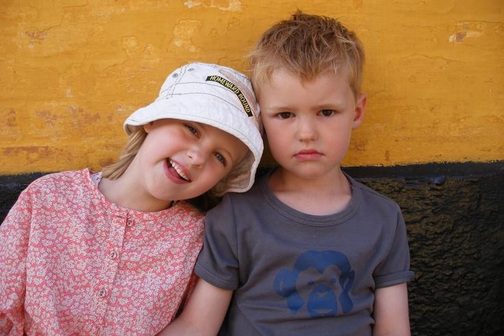 Bornholm 2010. Katrine (6) Frederik (4)