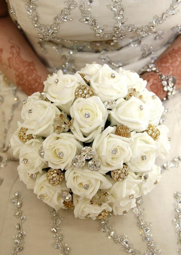 gold wedding flowers 24 best indian wedding bouquets images on 4552