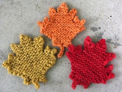Maple leaves. 14 Fantastic Free Fall Knitting Patterns – Page 9 – diycandy.com