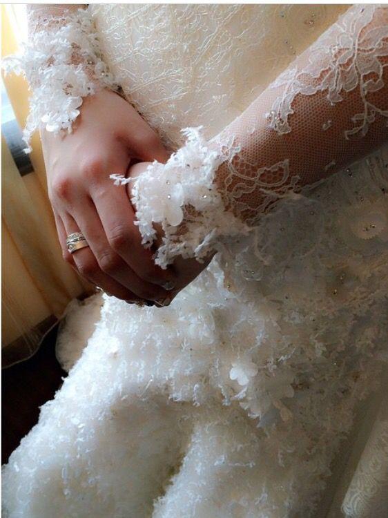 #weddingdressdetails#lace#chantilly#begorgeoussignature