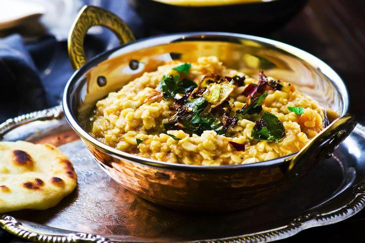 À l'occasion de Diwali, la célébration indienne aussi appelée Fête des lumières, qui a lieu ce dimanche 30 octobre, nous vous avons sélectionné les meilleures recettes venues d'Inde.