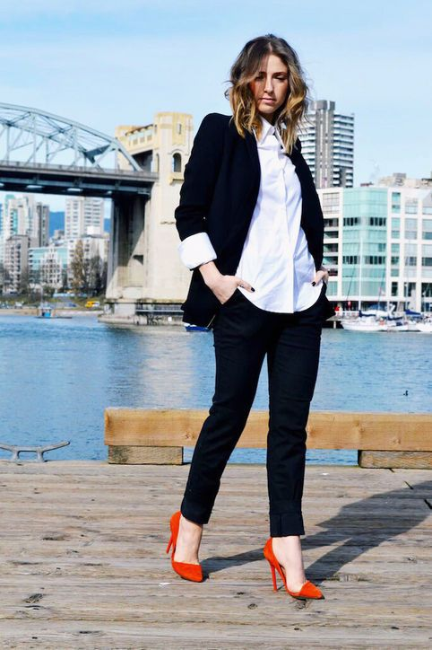 18 Chic Ways to Wear Your White Button-Down Shirt This Fall