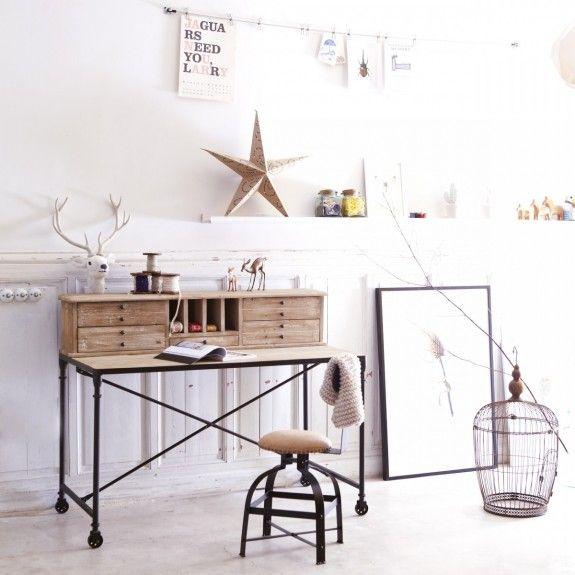 Si la oficina está bellamente decorada casa, usted trabaja no tan caro.