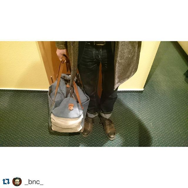 Zeleika on duty! #blindchicbudapest #newcollection #urbanstyle #dufflebag #travelbag