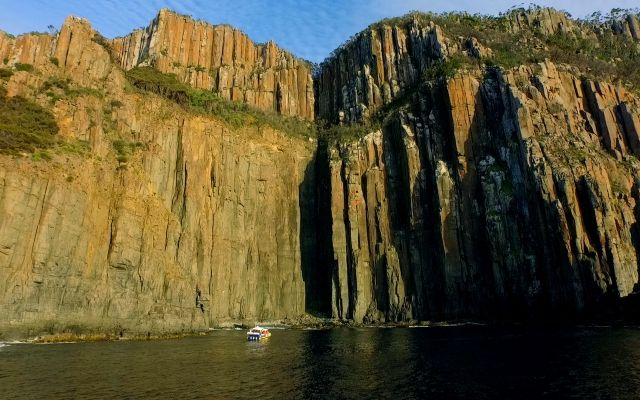Bruny Island Cruises 3 Hour Cruise
