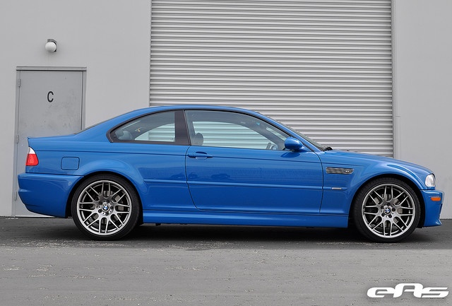 The Ultimate Driving Machie    Laguna Seca Blue BMW e46 M3