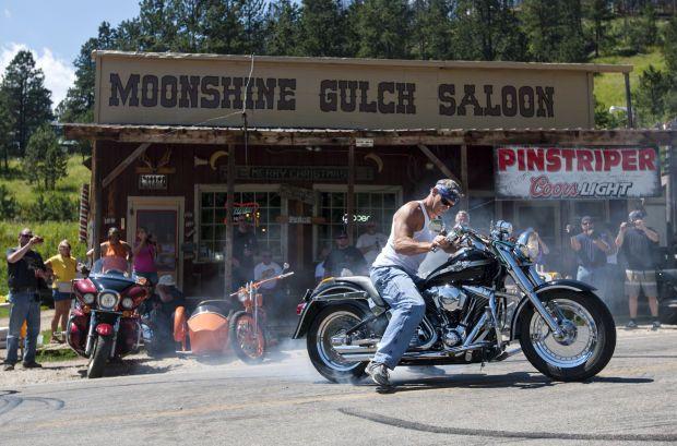 #Sturgis motorcycle rally spills into Moonshine Gulch Saloon! #rally #motorcycle #MoonshineGulchSaloon