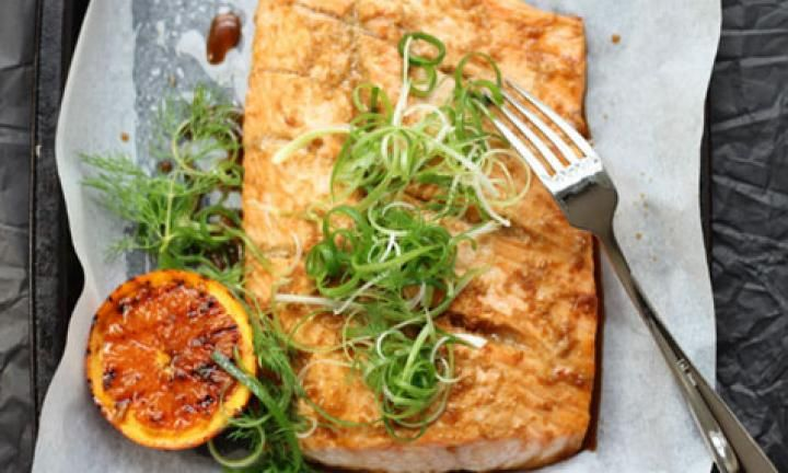 Baked salmon with orange and ginger - Kidspot