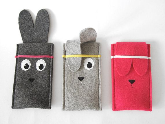 Woolfelt Rabbit iPhone sleeve by TanteEef on Etsy