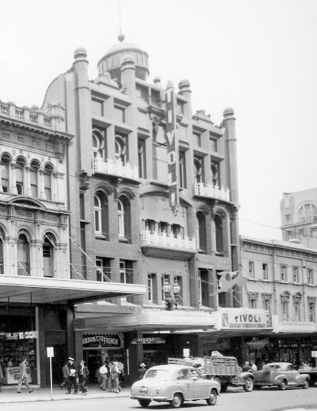 Tivoli theatre, Bourke St, Melbourne, 1955. Demolished.
