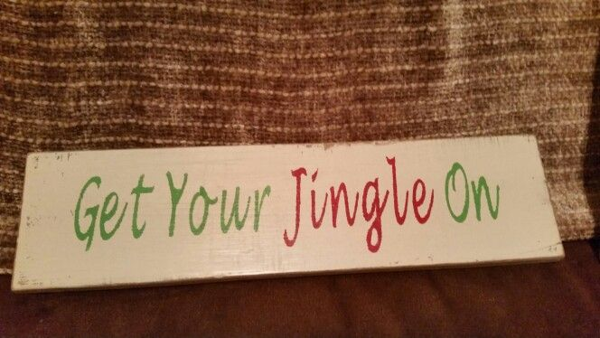 Christmas pallet sign | Honey Bee's Hive | Pinterest | Christmas ...