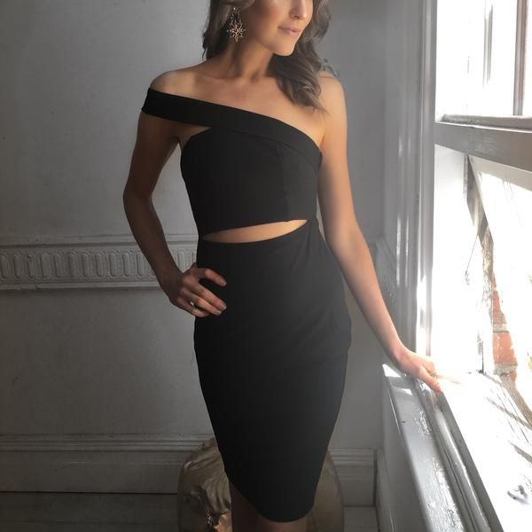 Off the Shoulder Cut-Out Black Dress  from www.mermaidblonde.com