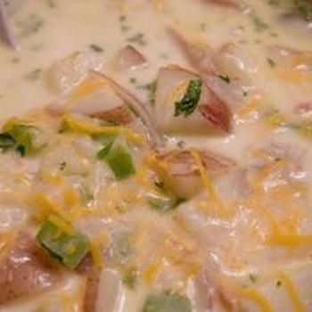 THE BEST potato soup recipe ever