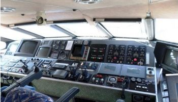 catamaran rapide pour 330 passagers
