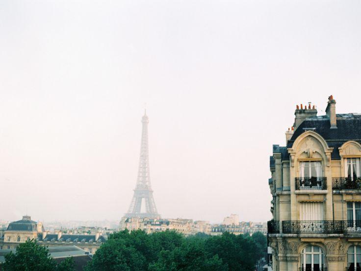 Paris Destination Wedding on SMP: http://www.stylemepretty.com/2013/11/26/paris-destination-wedding-from-clary-pfeiffer   Photography: Clary Pfeiffer