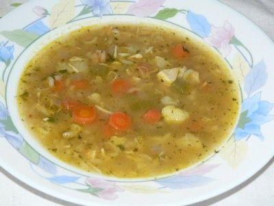 Soupe au poulet et légumes