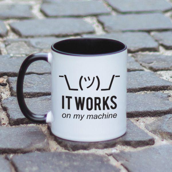 De multe ori programatorii reusesc sa iti gaseasca rezolvarea la problemele tale. Cateodata, insa, nu iti pot oferi nicio rezolvare. Se mai intampla, totodata, ca un lucru sa functioneze pe un calculator si pe altul nu. Asta spune si mesajul acestei cani.