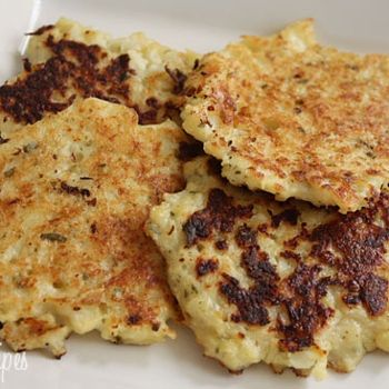 If you love cauliflower then you will love these little bites of heaven! They taste just like potato pancakes but are half the fat and calories, and they are full of flavor.  Need to try these sometime...