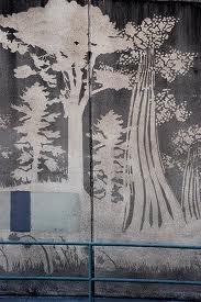 Paul Curtis aka Moose, este grafitero no pinta con sprays... simplemente lo hace con jabón, limpiando la pared...graffitti ecológico y sostenible, respetuoso con el medio ambiente!!!