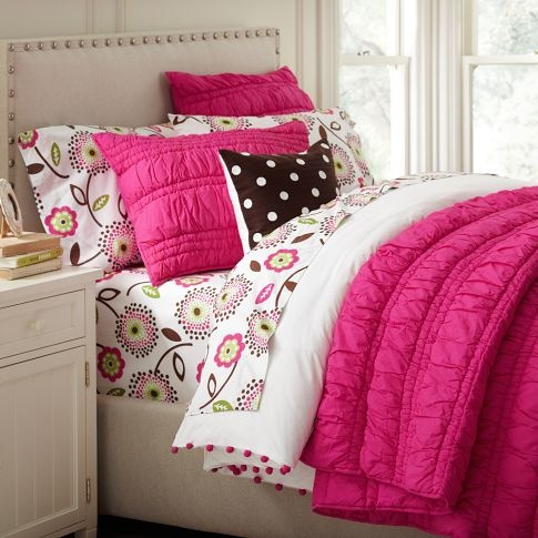 Hot Pink Maddie S Room Pinterest Room Bedrooms And