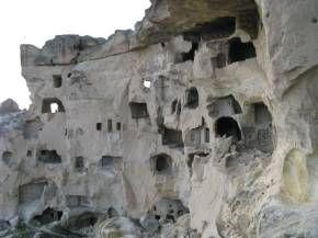 Chavushin. Cкальный город Чавушин (Каппадокия, Турция)