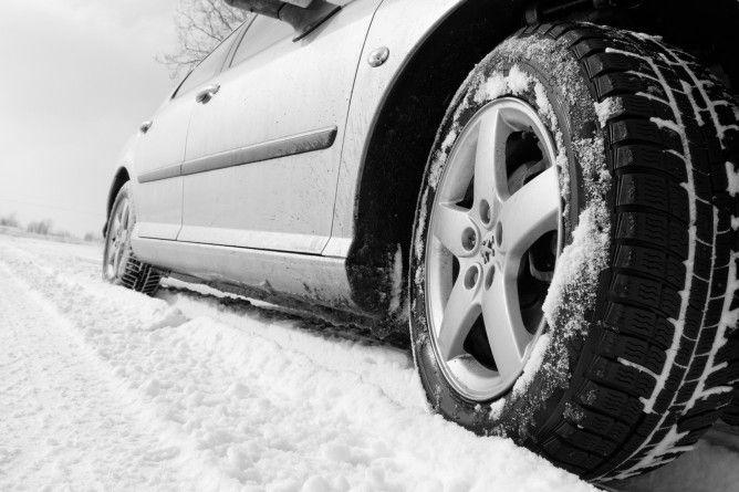 """Prasowy test opon zimowych – 205/55 R16 """"Auto Motor i Sport"""""""