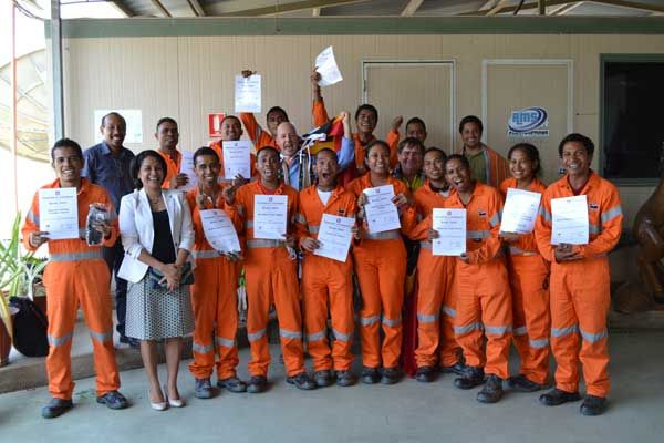 Dogging and rigging graduates from 2013 dogman and rigger training in East Timor