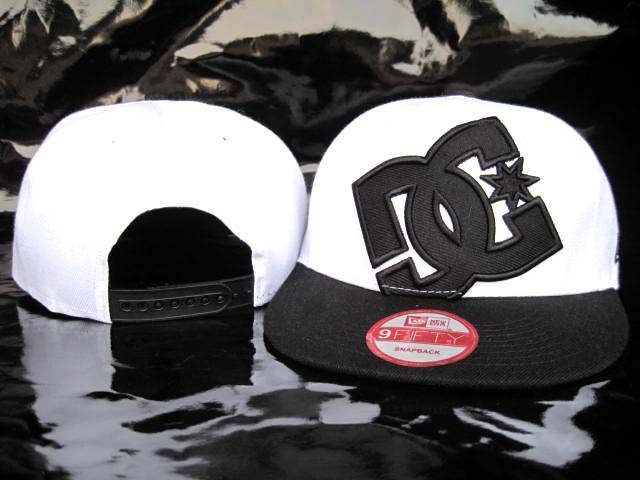 Black and white flatbill DC hat!