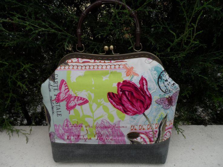 Mala artesanal. https://www.facebook.com/pages/Jardim-de-Prata/406703122794580