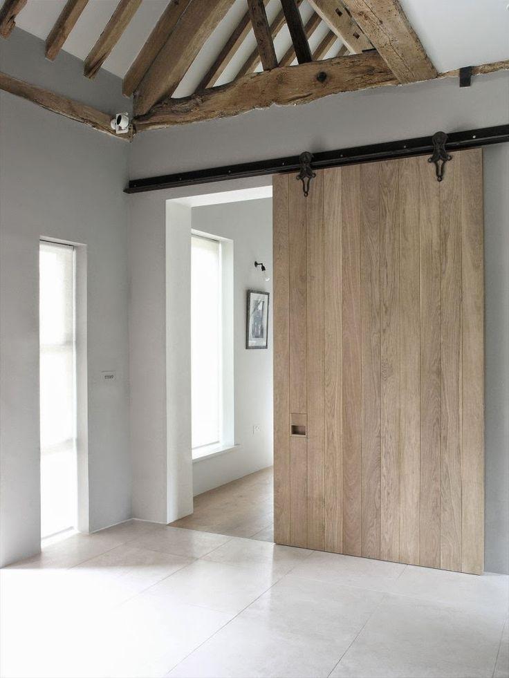 Simplicity love park corner barn oxfordshire mclaren - Modern interior barn doors ...