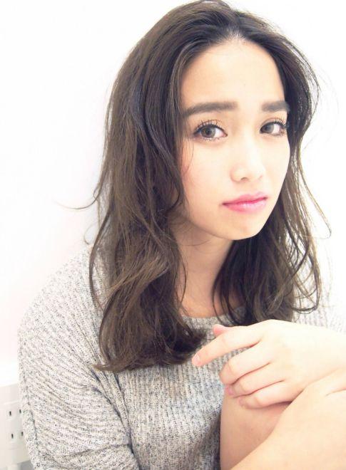 外国人風 ニュアンスセミディ 【LOAVE OMOTESANDO】 http://beautynavi.woman.excite.co.jp/salon/27403?pint ≪ #mediumhair #mediumstyle #mediumhairstyle #hairstyle #外国人風 ・ミディアム・ヘアスタイル・髪形・髪型≫