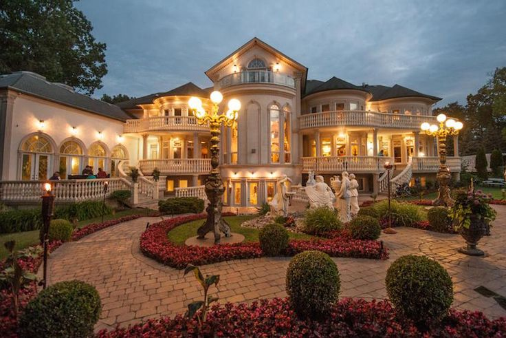 Prestigious doulton place 9 498 000 cad dream home for Dream homes ontario
