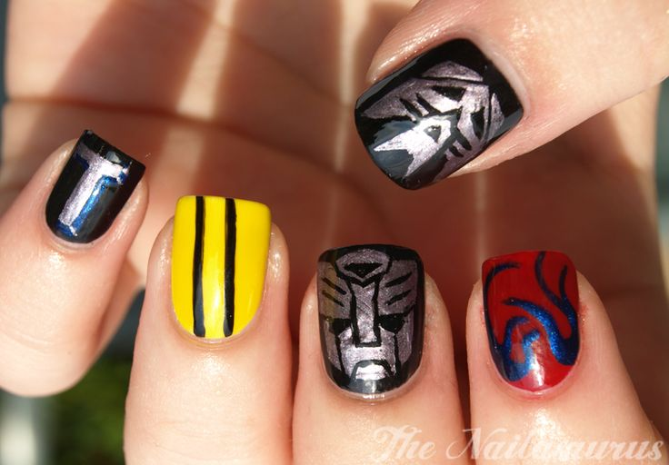 The Nailasaurus: Week of Geek Day 3: Autobots, transform and roll out!