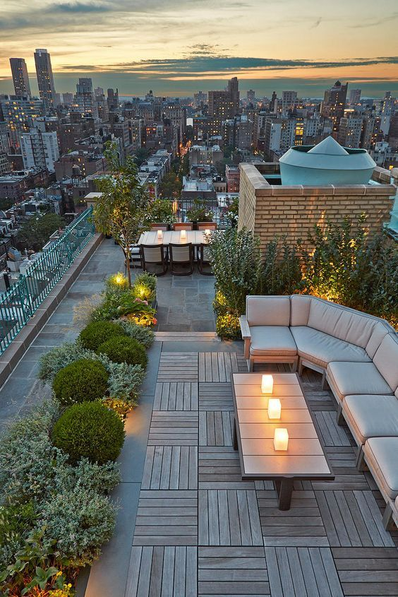 Stunning #outdoor #terraces to enjoy the beautiful sping in #NYC | CENTRAL PARK WEST ROOFTOP