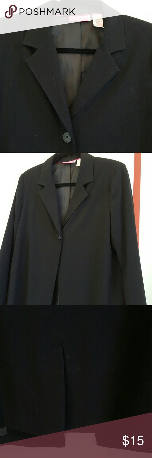 """Liz Lange Maternity Blazer A great wardrobe staple...and was well preserved I the back of my closet because my """"babies"""" are 12 & 13!  Full silhouette, one button closure, vented back. Liz Lange Jackets & Coats Blazers"""