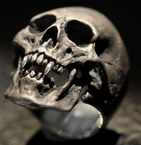 Vampire Skull Ring,Mens Silver Skull Ring, Dracula ring, Rocker ring, Goth ring…
