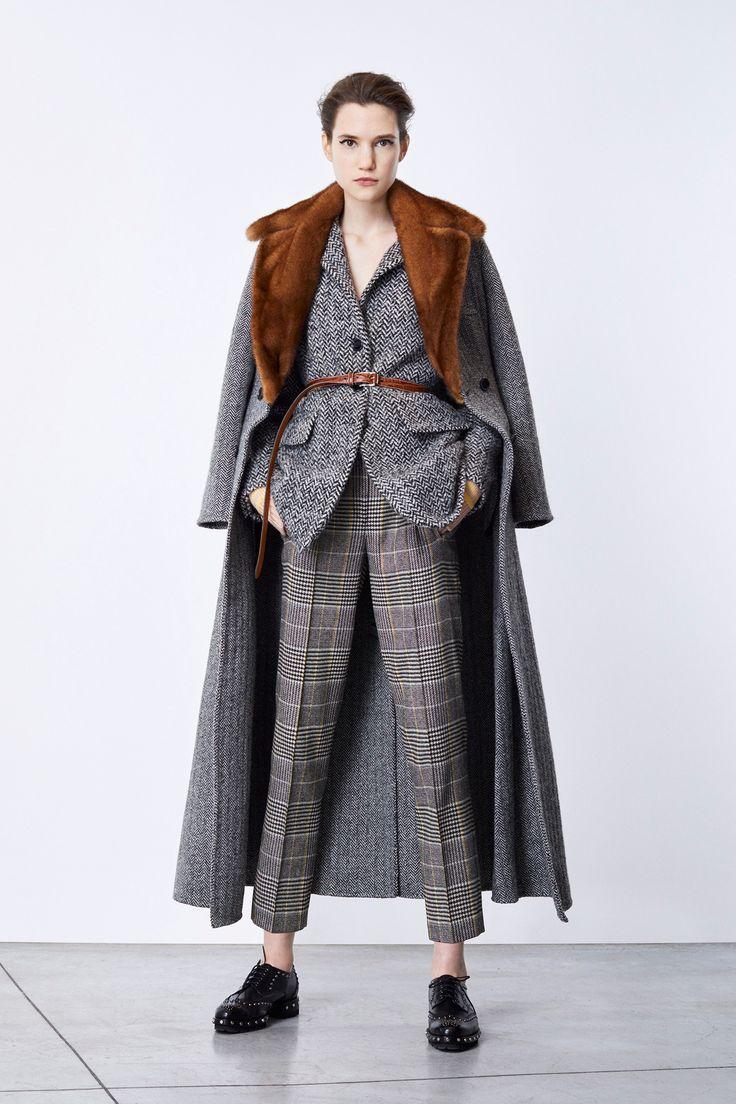 Ermanno Scervino Pre-Fall 2018 Fashion Show Collection